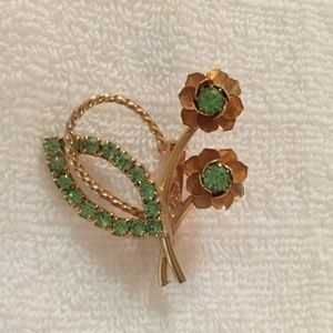 Vintage dainty gold tone and green flower pin